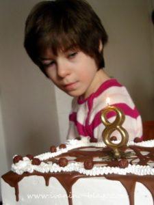Danas punim osam godinica